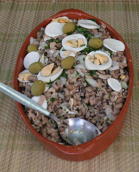 Fancy - Salada de atum com feijão frade