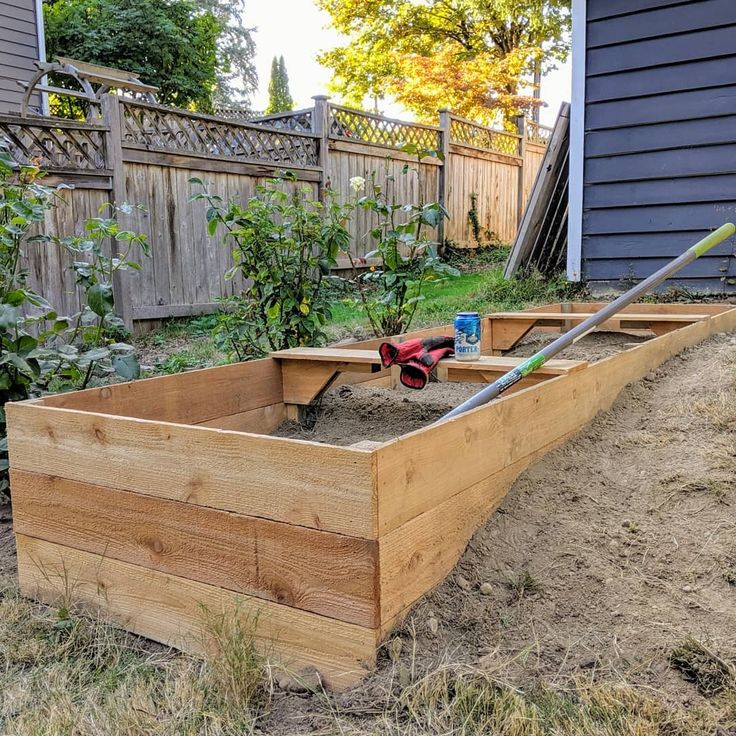 Size matters. Built my biggest raised bed so far 3' x 11