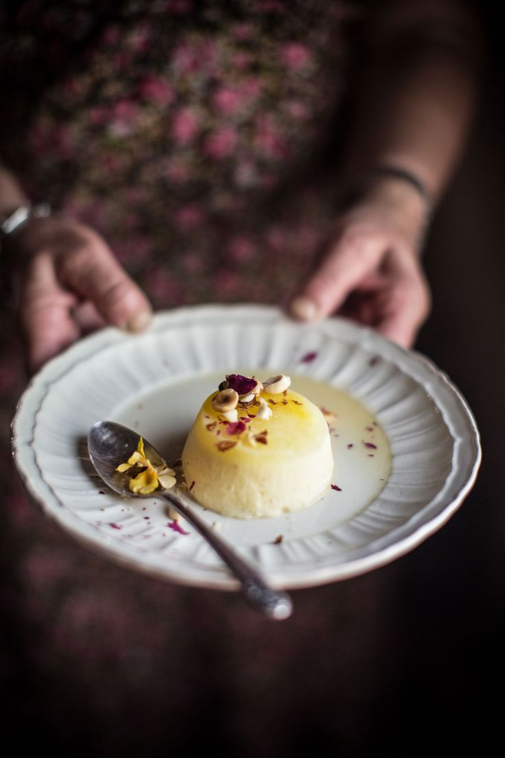 A Saffron & Roasted Elderflower Apricots Semifreddo for #CucinaconZaffy | Hortus Natural Cooking