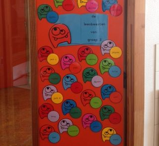 Juf Margot: Inrichting/organisatie - Aankleding van de deur (2...