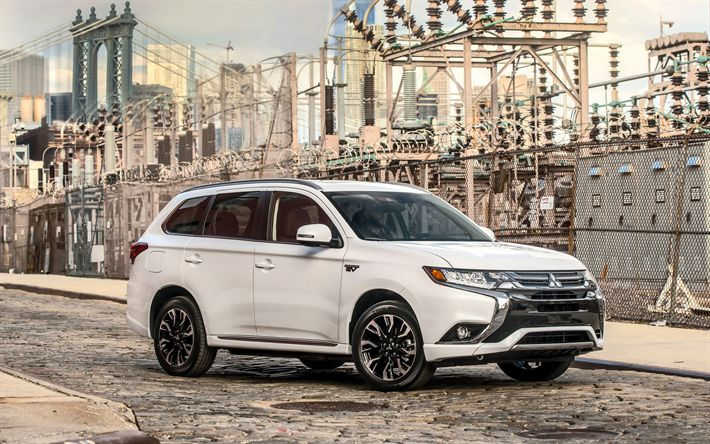 Download wallpapers Mitsubishi Outlander PHEV, 2018 cars, crossovers road, Mitsubishi