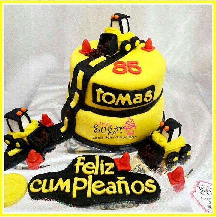 Torta caterpillar  construccion pinksugar #pinksugar #cupcakes  #homemade…