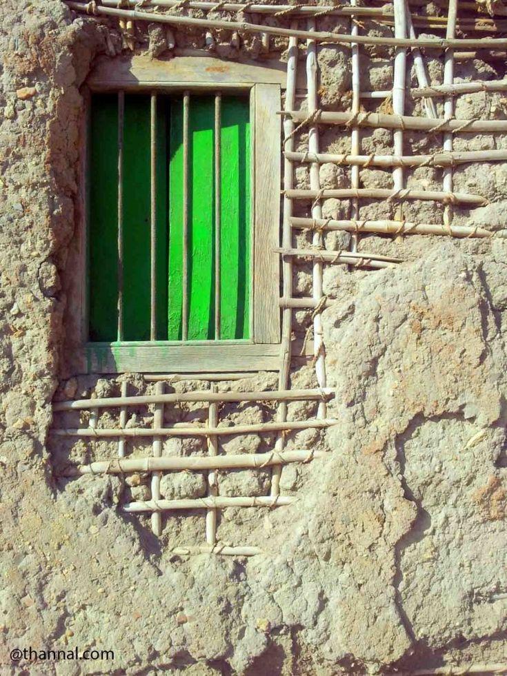 Wattle and daub wall in Lakkundi village