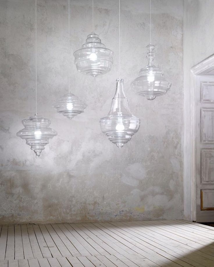 Inspire lightness & beauty with the Never Ending Glory lamp collection designed by Jan Plecháč & Henry Wielgus for @Lasvitdesign. The shape of each lamp corresponds to the silhouette of a chandelier in one of many world-famous concert halls or theaters recognizable as La Scala The Met or Palais Garnier. With harmonizing visual contours & an iridescent finish the hand-blown pieces channel centuries worth of art & musical appreciation into each & every delightful curve. Shop the Never Ending…