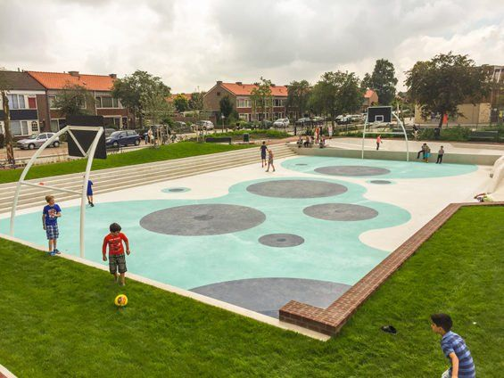 water square-Tiel-06-photo-De-Urbanisten