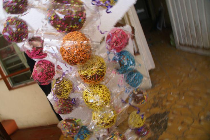 PAYASOS en monterrey  para información llama al tel: 14251069 http://payasosmonterrey.wix.com/algodonesmonterrey algodones de azúcar en monterre Un verdadero éxito nuestra presentación en cierre de clases en barias escuelas. Aquí un poco de nuestro trabajo, si tienes un grupo,una iglesia,una escuela,asociación, club, o un evento, llama al 14251069, o 8116091172. Solo Payasos Monterrey lo hace: El mejor  Algodón De Azúcar en Monterrey.