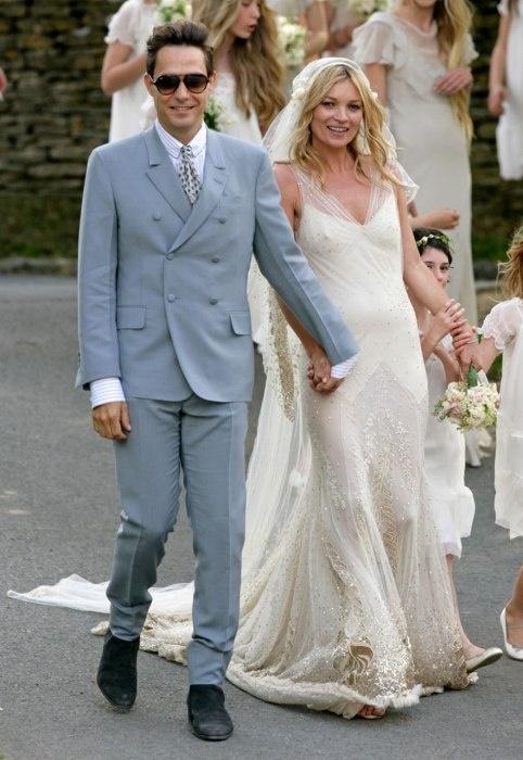 The 25 best kate moss wedding dress ideas on pinterest john the 25 best kate moss wedding dress ideas on pinterest john moss kate moss news and kate wedding dress junglespirit Choice Image