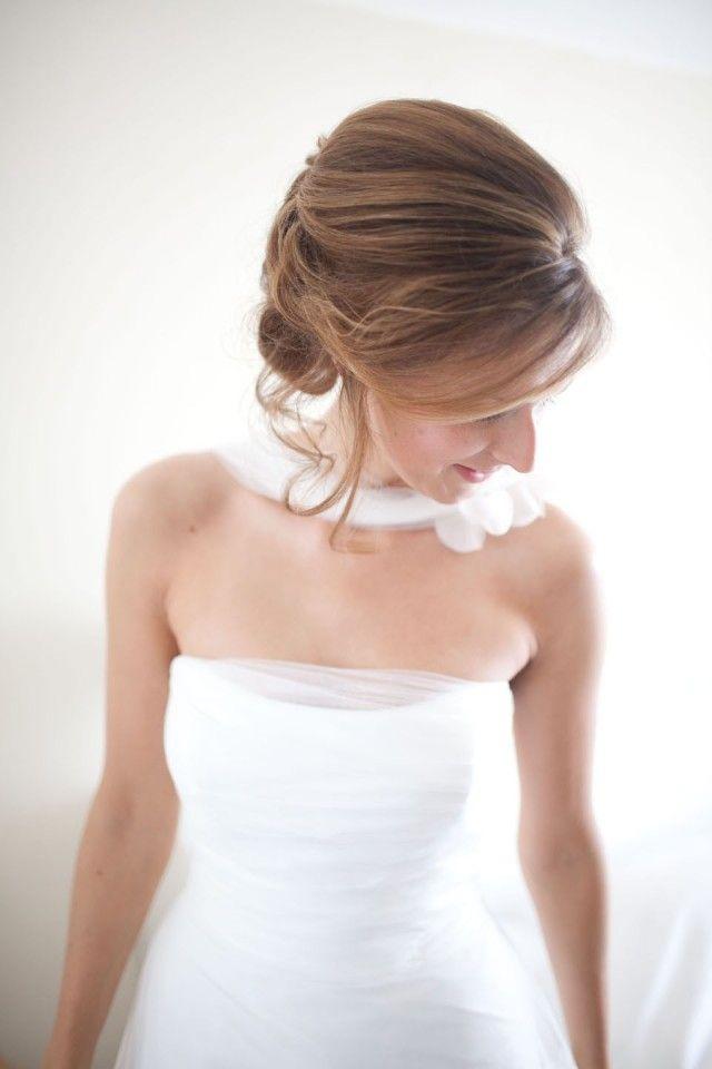 #bruiloft #bruid Trouwen op een landgoed, met witte duiven | ThePerfectWedding.nl | Fotocredit: Passionphotography