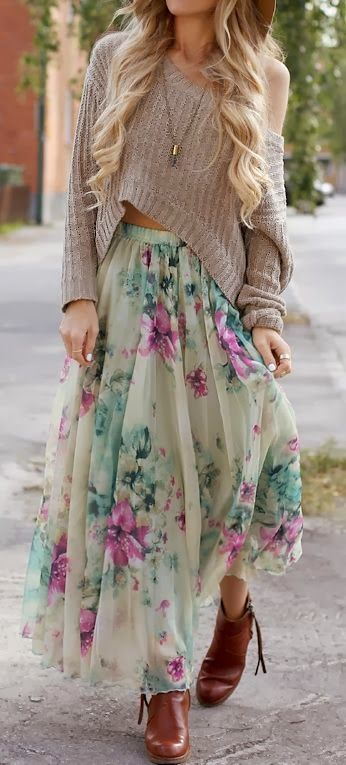 Flowery skirt with oversized cozy sweater and the big floppy hat, of course. Barefoot, though.