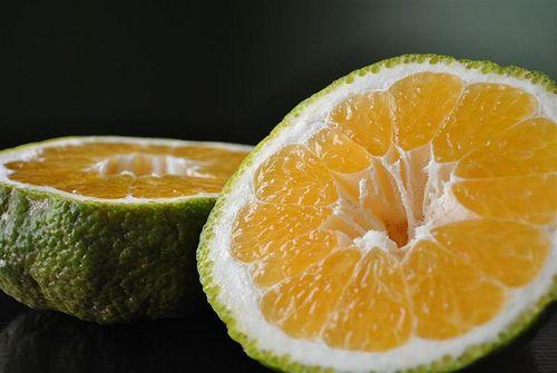 Dr. Oz said to mix 4 oz juice w/ 4oz sparkling water for energy!  Ugli fruit