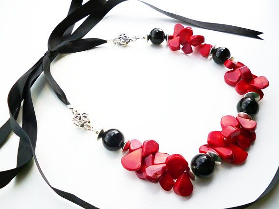 Red and Black Statement Necklace - Artisan Beaded Jewelry - Red Coral Necklace - Beadwork Jewelry - Big Skies Jewellery