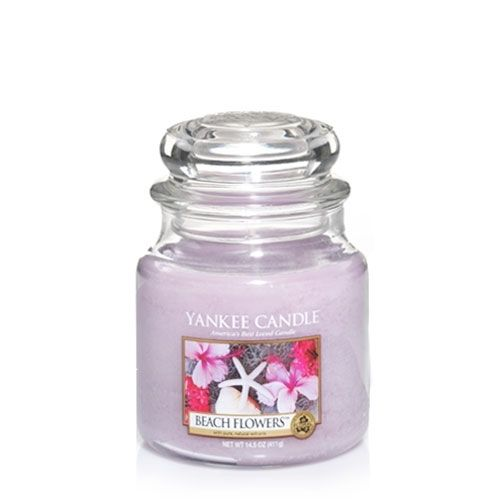 456 best my yankee candles images on pinterest yankee candles beach flowers like delicate keepsakes from the sea the lovely scent of tuberose lily and hyacinth blossoms balanced with soft watery notes sciox Images