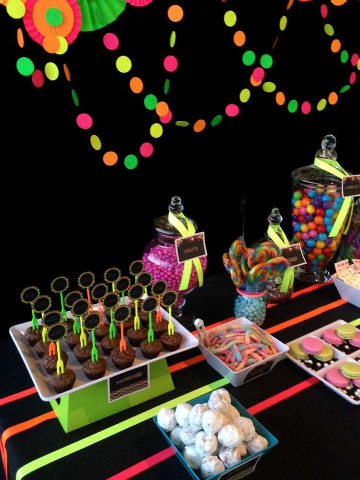 Neon / Glow in the Dark Birthday Party Ideas | Photo 3 of 19 | Catch My Party