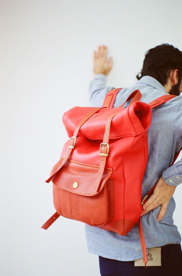 los hombres puedes usar bolsos