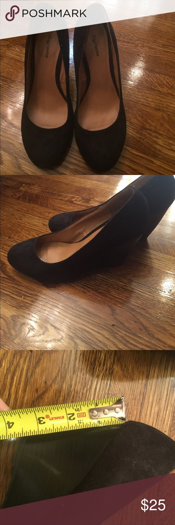 Black Velvet Closed Toe Wedge size 7.5 Black Velvet Closed Toe Wedge size 7.5 perfect with jeans, pants, or dresses and skirt. Wonderful soft material with comfortable insole and platform block heels make these cuties perfect for work or a night out. Worn once, like new! Contact me with any questions. Zigi Soho Shoes Wedges