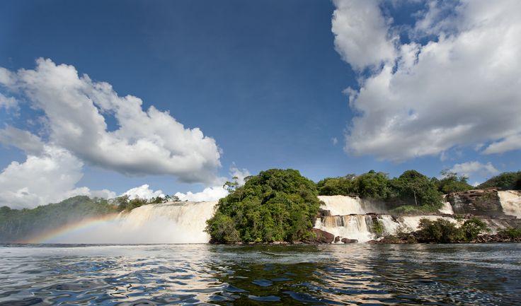 Vodopády u laguny Canaima