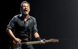 Американский рок-музыкант Брюс Спрингстин открыл доступ к своему первому за этот год архивному концертному альбому. На этот раз неизданным раритетом оказался концерт, записанный в Сент-Луисе 23 августа 2008 года посреди турне группы E Street Band в поддержку альбома «Mag