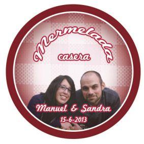 Diseño de las etiquetas de unos tarros de mermelada con motivo del enlace entre dos amigos mios