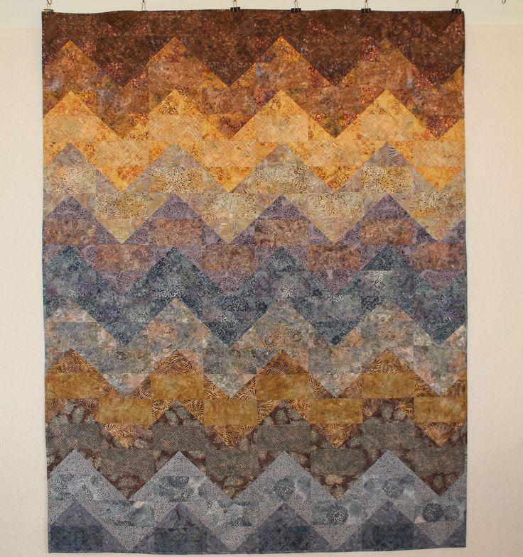 (2016) Batik chevron 175 x 223 cm, Pattern: Tula Pink