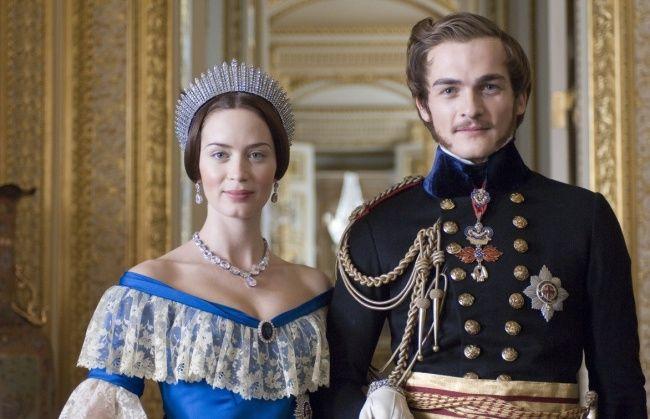 Британские фильмы всегда отличал особый шарм, изящный юмор инеповторимая игра актеров.