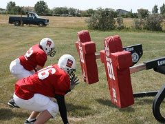 Defensive Line Drills In Youth Football - http://www.isportsandfitness.com/defensive-line-drills-in-youth-football/