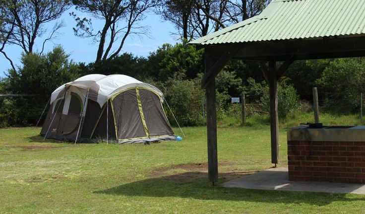 Discover Putty Beach camping area in Bouddi National Park for your next camping…