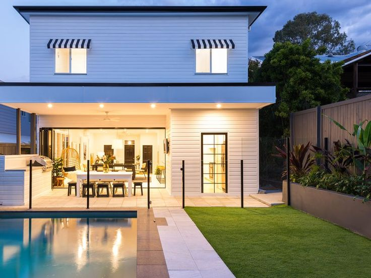 The White House - Modern Retreat, a Coorparoo House | Stayz