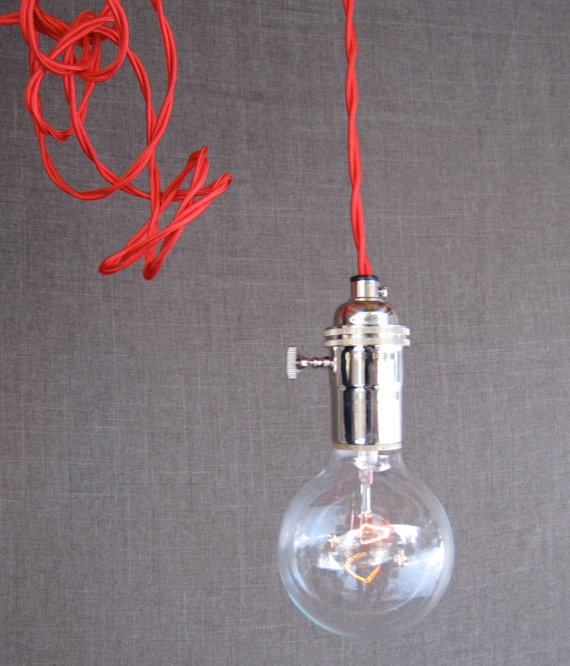 industrial pop: Funky Twists, Lights Bulbs, Bedside Tables, Red Hanging, Bare Bulbs, Projects Houses, Pendants Lights, Flashi Red, Bulbs Pendants