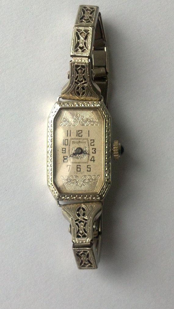 Art Deco Swiss 18k Solid Windsor Ladies Watch With
