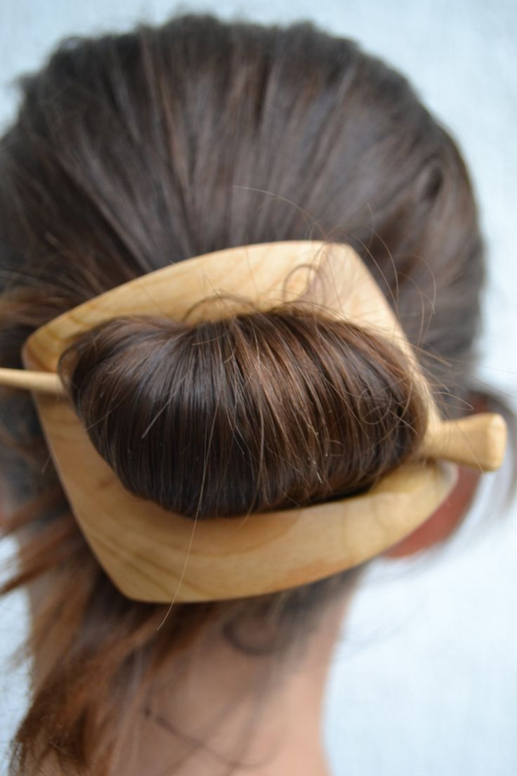 This Hair Accessory is hand carved by Ivaylo Zlatev  this barrette is made from cherry wood. It measures 8.5cm/3.3in long by 7cm/2.8in wide and 12cm/4.7in Pin Natural colour of wood. Its very light weight when worn.