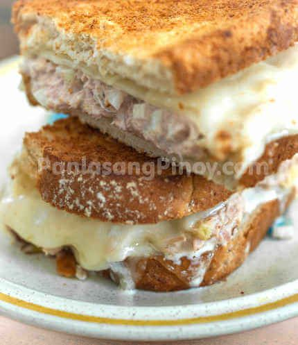 Tuna Melt Sandwich makes a perfect lunch or breakfast. Besides being one of the best tuna sandwiches around, Tuna melt sandwich is quick and easy to prepare