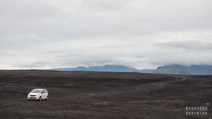 Droga do wraku samolotu - Islandia Iceland with #readyforboarding #Iceland #Islandia #blogtrotters #blogtroterzy #travel #podróże #advice #porady