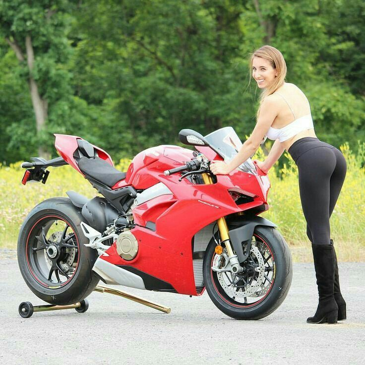 You Porn young girls of superbike
