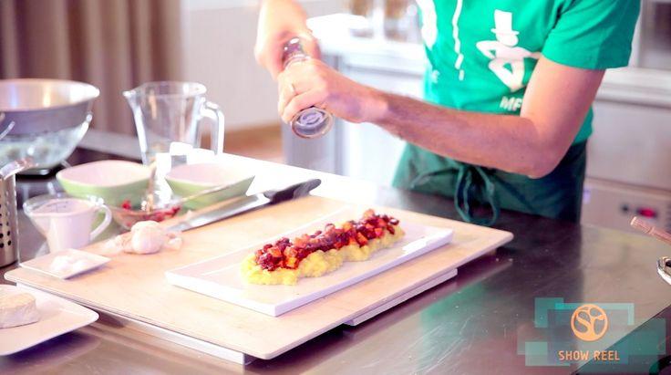 Le video ricette: la polenta integrale con spezzatino di fagioli e tofu