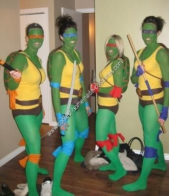 Ninja Turtle DIY Group Halloween Costume Idea: This Ninja Turtle DIY group Halloween costume idea was so much fun for Halloween this year.  I guess I'll start with the most important piece of any Ninja