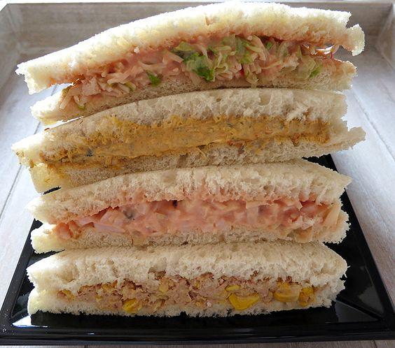 Rellenos para sándwiches        INGREDIENTES Para el sándwich de cangrejo:  8 palitos de cangrejo deshechos en tiras 20gr. de cebolla cort...