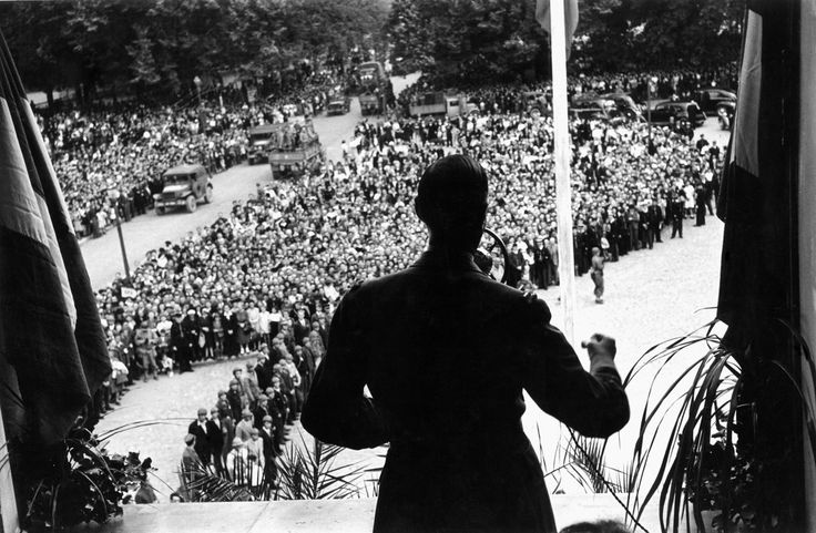 FRANCE. Chartres. August 22, 1944. General DE GAULLE addressing the crowd in front of the city hall after the liberation of the town.