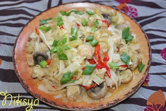 Рисовая лапша с овощами Stir Fry