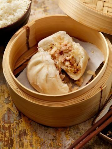 中華まんの簡単レシピを紹介!自宅でカレーまんやピザまんも作れちゃう ... 肉汁たっぷりの中華まんを自宅で作りたい!