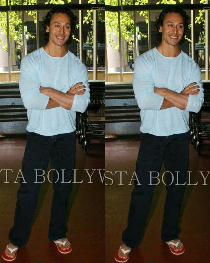 RATE THE AIRPORT LOOK 110  #Baaghi movie actor #TigerShroff was snapped at #Mumbai #Airport today looking uber cool in his casual avatar.  #Instabollywood #bollywood #india #indian #desi #bollywoodactor #airport #Airportlook #Airportstyle #bollywood #india #mumbai #hairstyle #bestbody #muscular #tigershroff #ShraddhaKapoor #kritisanon  #BollywoodDiaries #bollywoodreport #bollywoodstylefile #bollywoodstyle PHOTO CREDIT  @BOLLYWOOD  . For more follow #BollywoodScope and visit…
