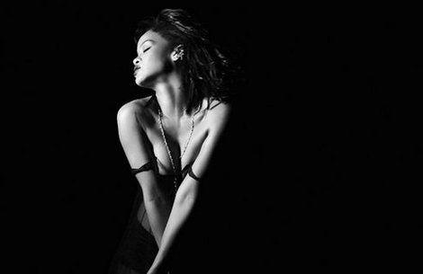 Watch Rihanna's video for 'Kiss It Better'