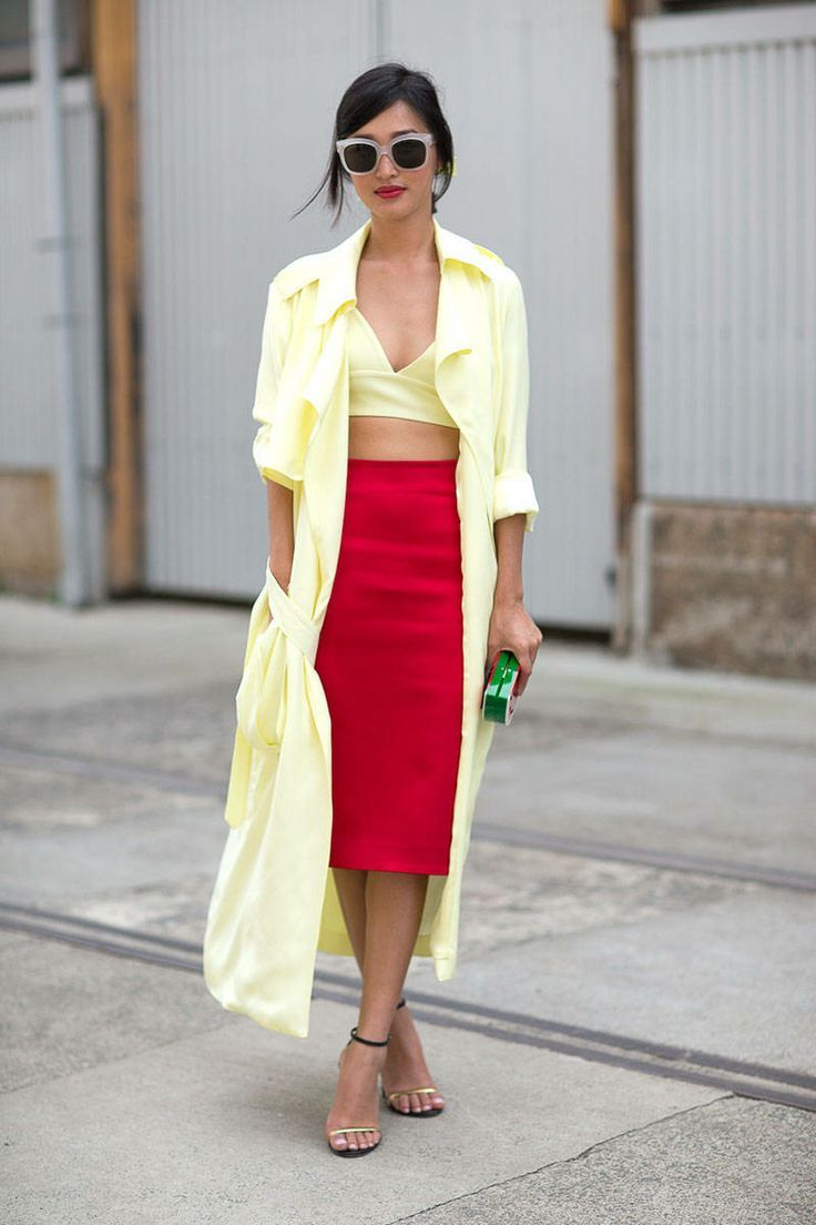 High-waisted pencil skirt and long open jacket/dress - unexpected and cool.