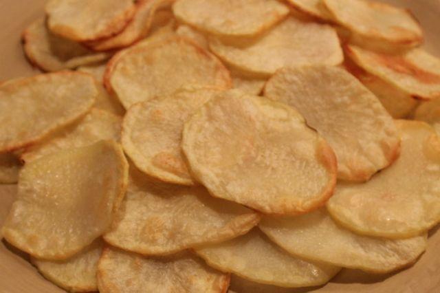 Fat Free Homemade Potato Chips. Sooo good! #WeightWatchers Power Food.