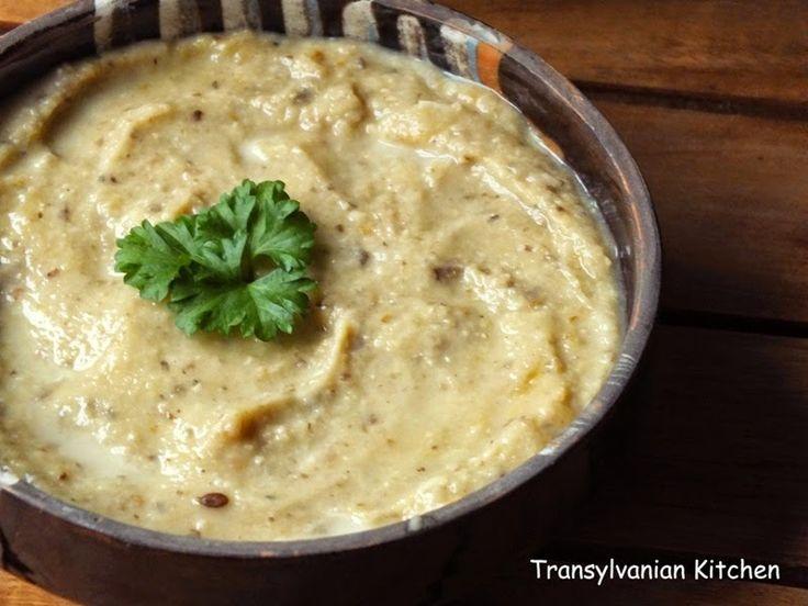Transylvanian Kitchen: Pate de linte, ciuperci şi măsline