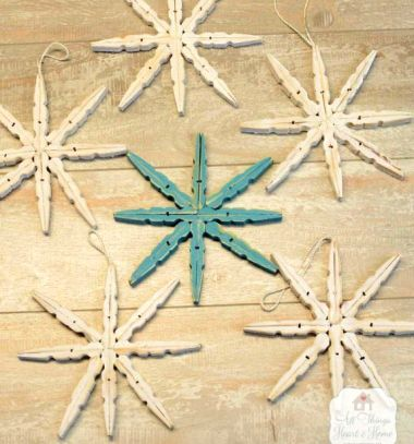 DIY Clothespin stars - easy wooden Christmas ornaments // Csipesz csillagok - egyszerű karácsonyfadíszek fából // Mindy - craft tutorial collection // #crafts #DIY #craftTutorial #tutorial