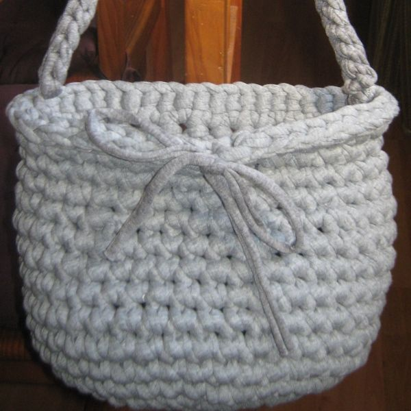 121 best bolsos images on pinterest crochet tote crocheted bags and crochet handbags. Black Bedroom Furniture Sets. Home Design Ideas