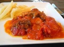 Carne con Tomate - el lato preferido de mi infancia