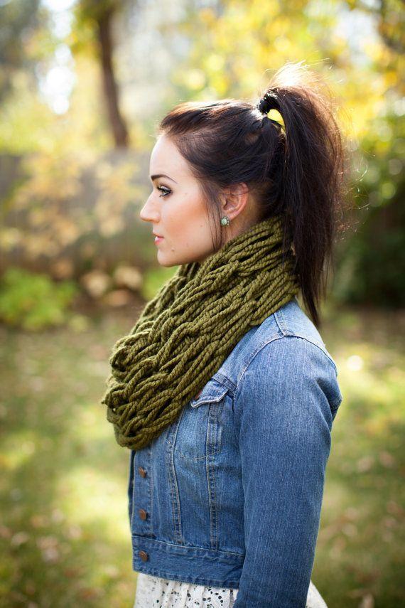 Chunky Cowl Hand Knit Scarf-Cilantro