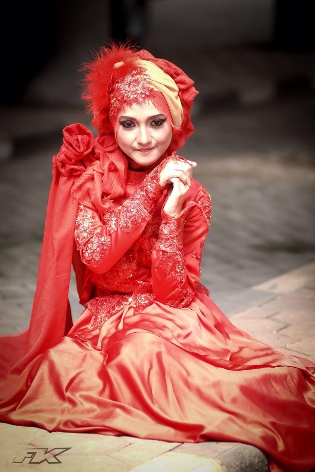 Red Hijab