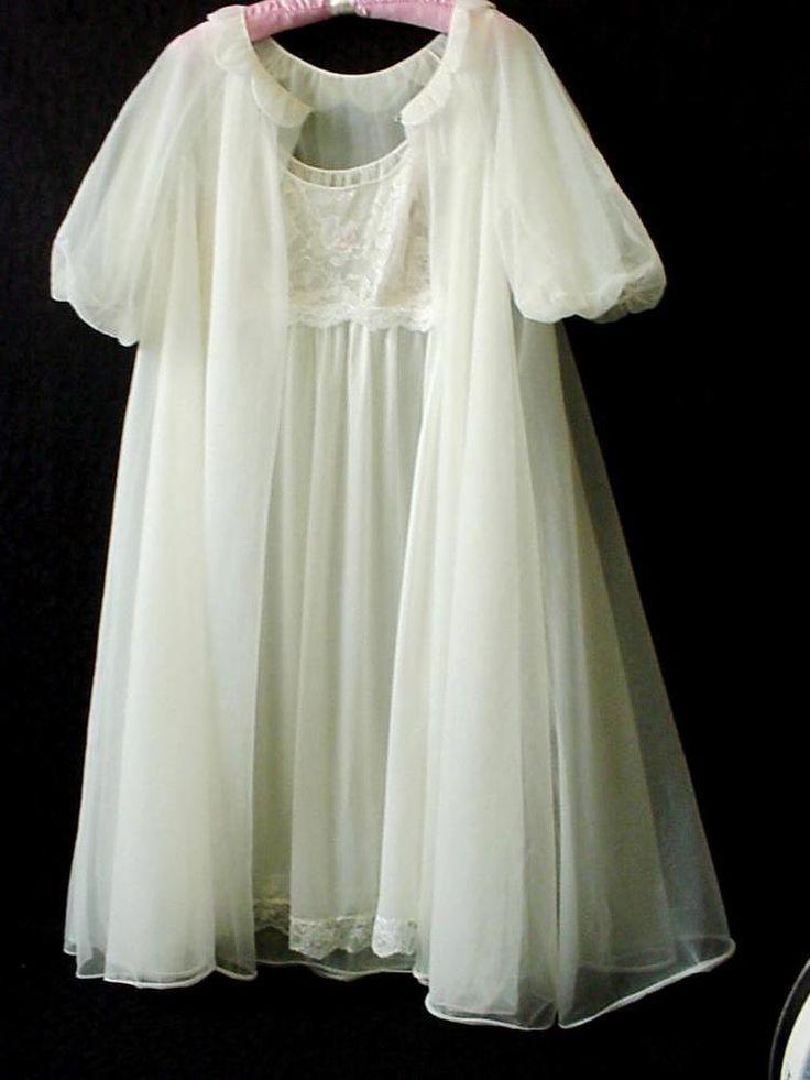 Vtg Vanity Fair White Nylon Bridal Nightgown Robe Set